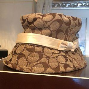 Coach Bucket Hat Worn 1x! Authentic! original box